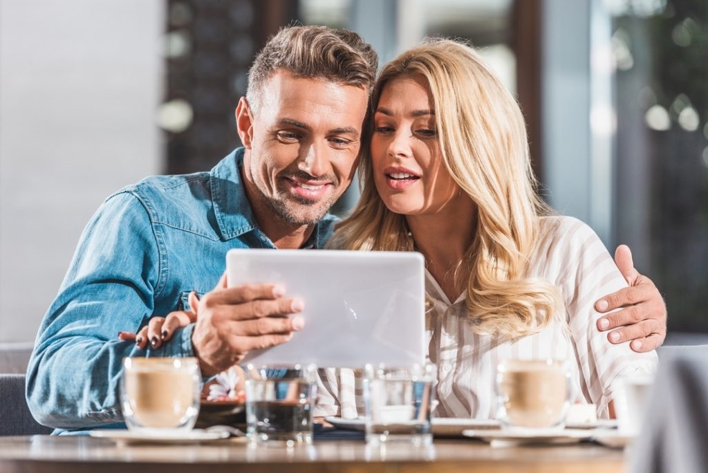 Gratis dating site fora hvordan å nærme seg en jente online dating nettsted